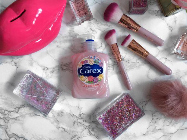 carex-love-hearts-hand-wash-3