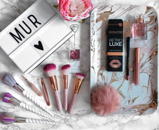mur-lip-kit-reign-2