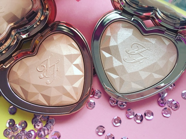 Too Faced Love Light Prismatic Highlighter (7)